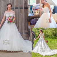 Ball Gown Lace Wedding Dresses Sweetheart Neck Chapel Train Bride Gowns with Removable Jacket for Girls / Womens Bridal Party