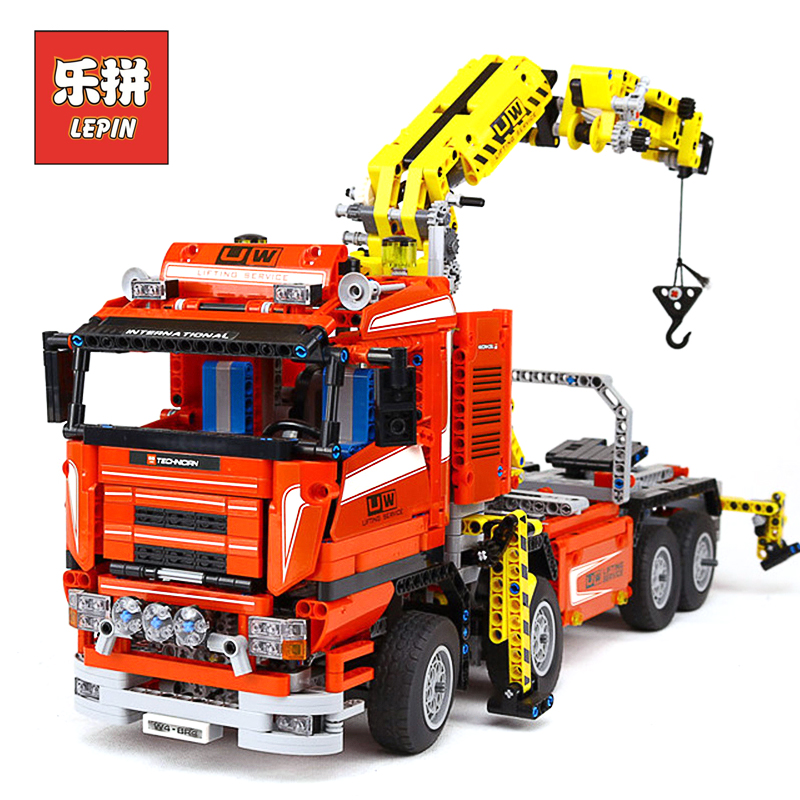 Lepin Technic 20013 the Red RC Electric Crane Truck with Motor Model Set 8258 Building Blocks Bricks Christmas Gift for Children new lepin 20013 technic series 1877pcs the electric crane truck model building blocks bricks compatible 8258 toy christmas gift