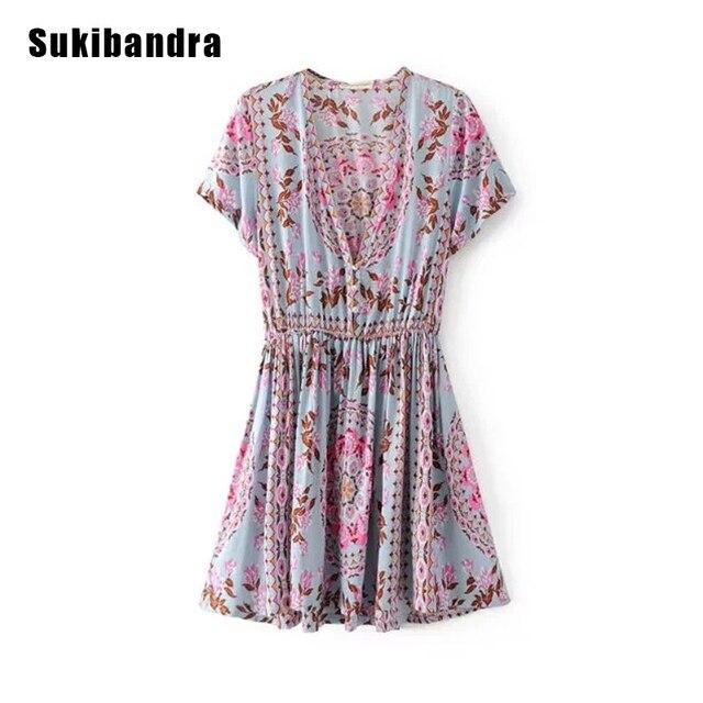 d8cdd84c2 € 34.21 |Sukibandra bohemio Hippie vestido Boho Chic corto Mujer vestido  2018 nuevo estilo de verano estampado Floral vestido cuello en V Vintage ...