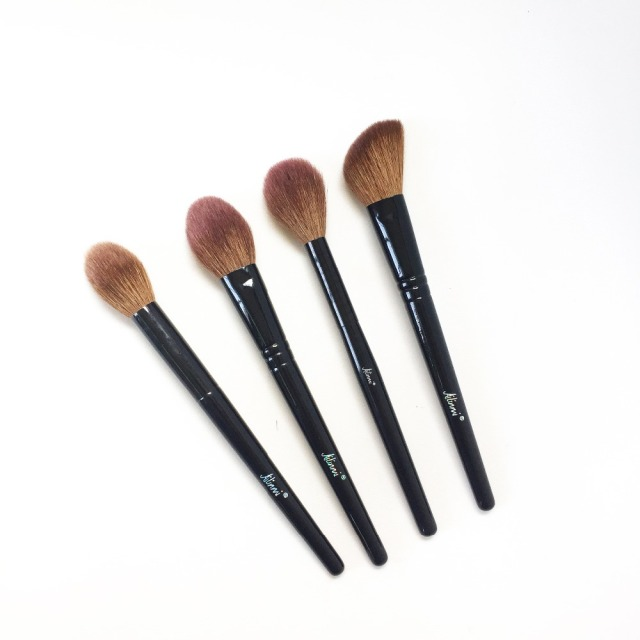 Ailinmi WG-SERIES Face Brushes - Fluffy-Cheek 14 Tapered-Face 21 Angled-Contour 22 Tapered-Highlight 23 - Makeup Blending Tools 2