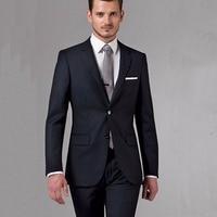 Классический мужской костюм для офиса 1