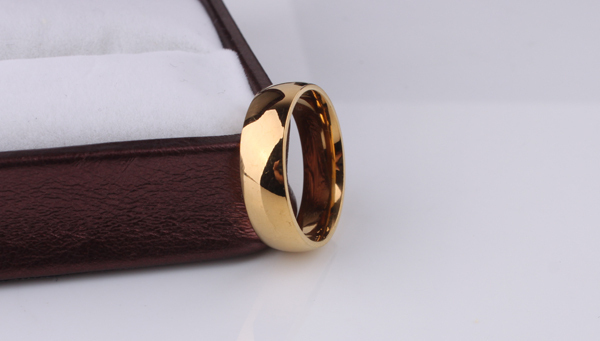 free shipping Light version  gold color rings 316L Stainless Steel men women jewelry  wholesale lots 2