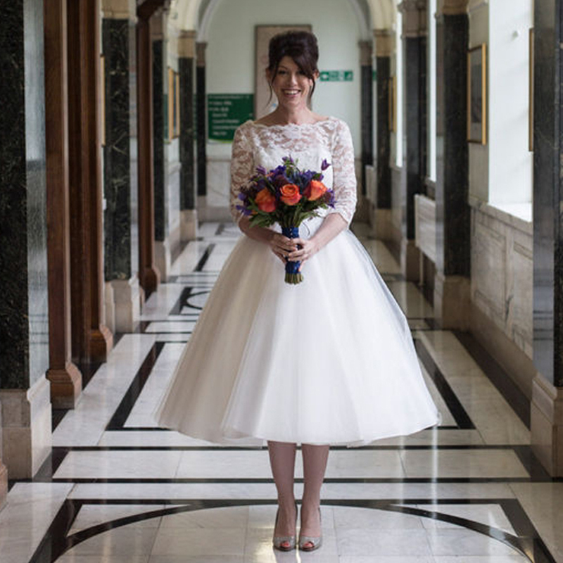 2019 Modern White Wedding Dresses Tea length Ball Gown Three Quarter Sleeve Tulle with Lace Women
