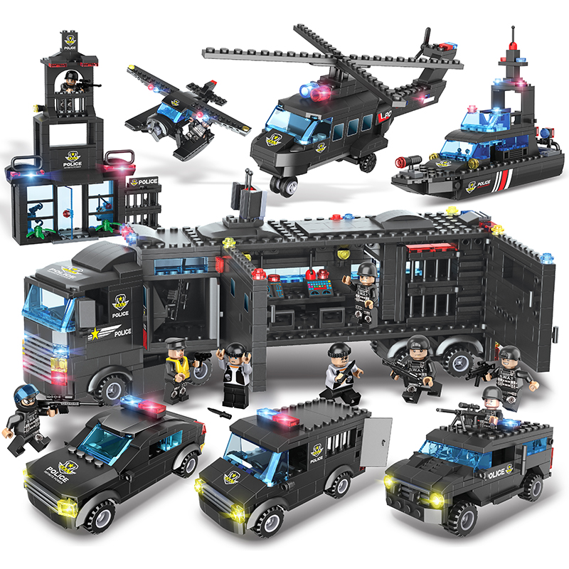 City SWAT Series Special Police Small Building Blocks With 8PCS Figure 8 IN 1 Police Command Car Toy For Children 9Changes цена
