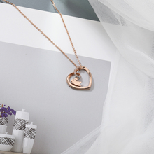 цена на Fashion Necklace Material Sole Rabbit Necklaces Heart Pendant Chain Hollow Clavicle Jewellery Statement Necklace Steampunk