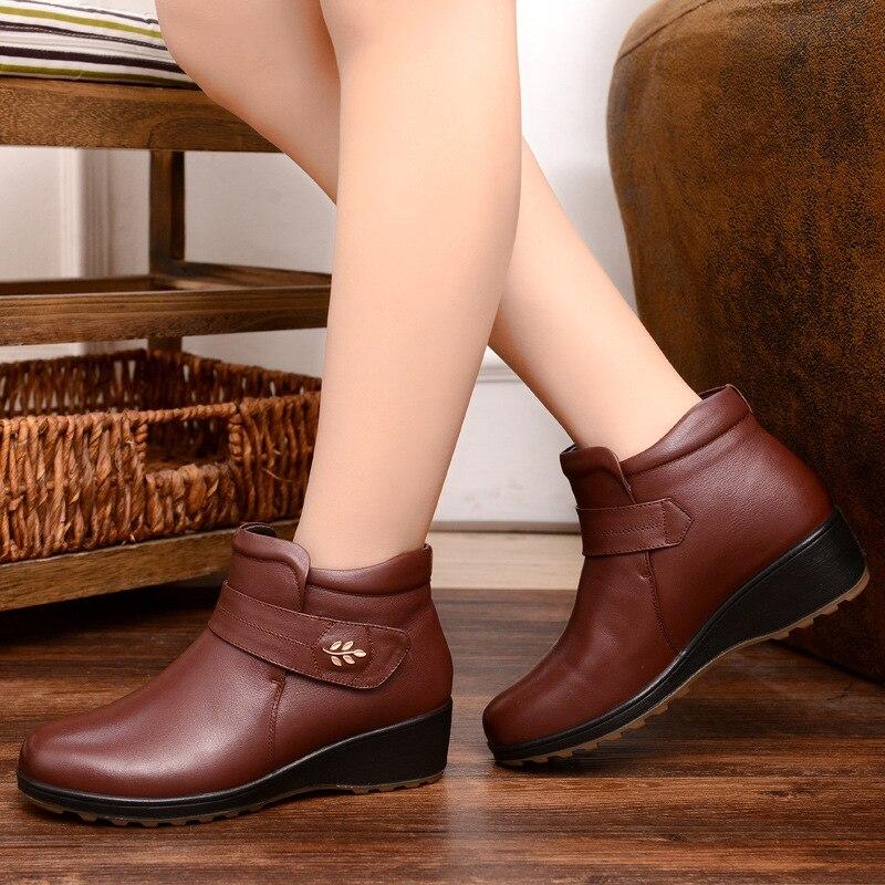 Resultado de imagem para sapatos mulher madura