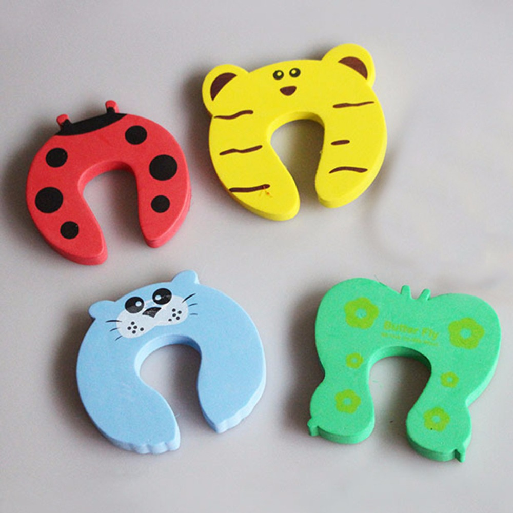 цена на 4pcs/lot Baby Kids Safety Door Stopper Protecting Corner Guard Cartoon Animal Jammers Security Guard Holder Lock Pad