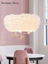 Lámpara nórdica de dibujos animados para habitación de niños, candelabro de plumas con diseño de pájaro de cristales, diseño moderno y sencillo, lámpara LED con plumas blancas