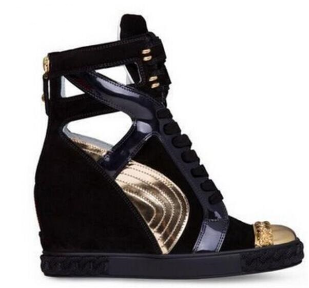 6311cec8 Venta caliente barata de entrenadores-hola tops negro blanco Suede  Encaje-up wedge ankle Boot cadena de oro dedo del pie ocio fuera Zapatos  mujeres