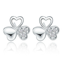 цена 100% 925 sterling silver fashion shiny crystal lucky flower ladies`stud earrings jewelry women Anti allergy drop shipping gift в интернет-магазинах