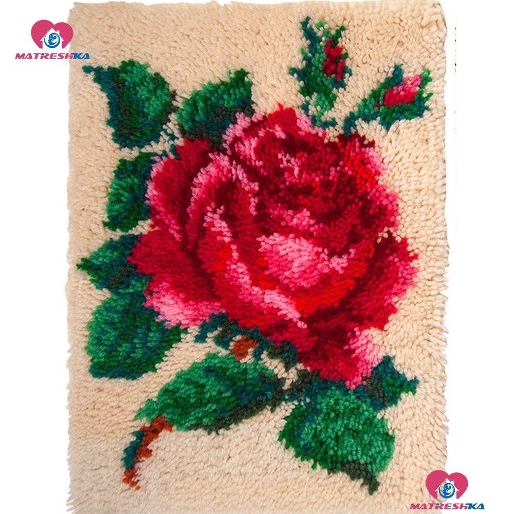 "Latch Hook Rug Kits""flower""Needlework kits carpet embroidery tapestry kits Crocheting Rug Cushion Handmade Embroidery diy Carpet(China)"