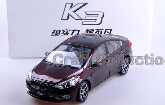 * Red 1/18 Kia K3 Sedan CERATO FORTIS Diecast Metal Mini Car Scale Model Toys Building Vehicle Classic Toys Miniature Craft