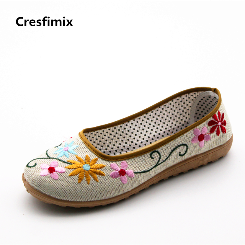 Cresfimix zapatos de mujer women cute floral printed dance flat shoes lady soft spring & summer slip on shoes retro canvas shoes cresfimix women cute spring