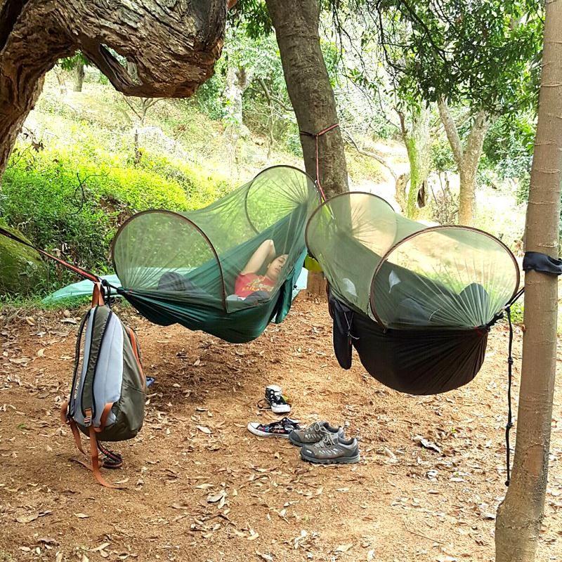 Bene Multiuso Portatile Hammock Di Campeggio Di Viaggio Amaca Con Zanzariera Stuff Sack Unnel Forma Altalene Letto Hamaca Tenda Uso Esterno