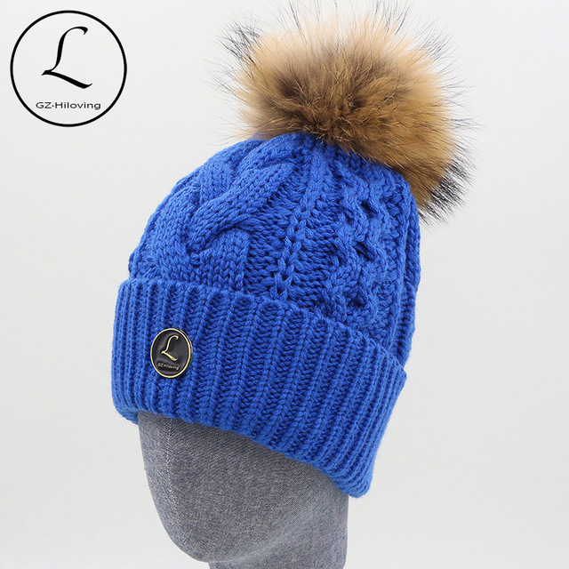 2016 New Winter Cute Casual Cap Women Beanies Knitted Hat Fashion Women Big Real Raccoon Fur Pom Pom Caps Crochet Hats For Women