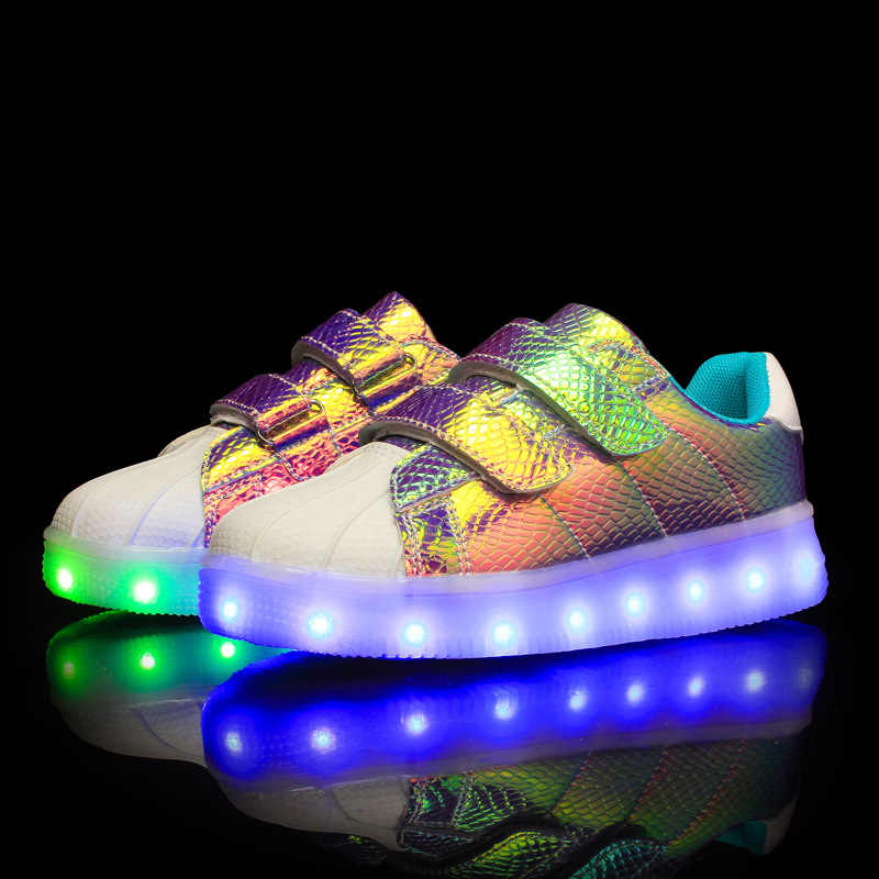 Kids Casual Sneaker 2019 Summer Led Shoes Girls Boys Men Women Usb Glowing Sneakers Man Usb Re-charged Light Up Superstar Shoe