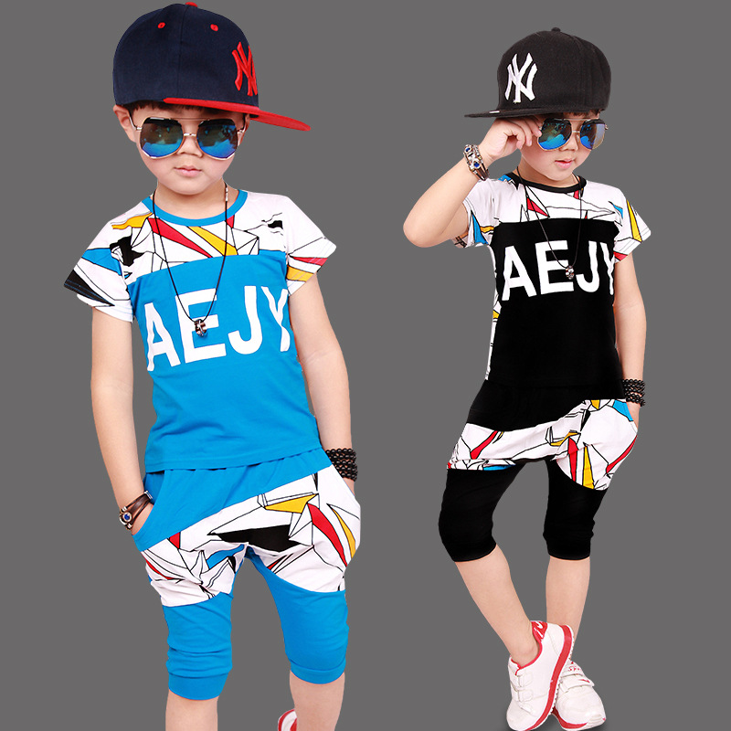 Moda de Verano 2017 de ropa Para Niños Set Boys Impresión de la Letra T-shirt +