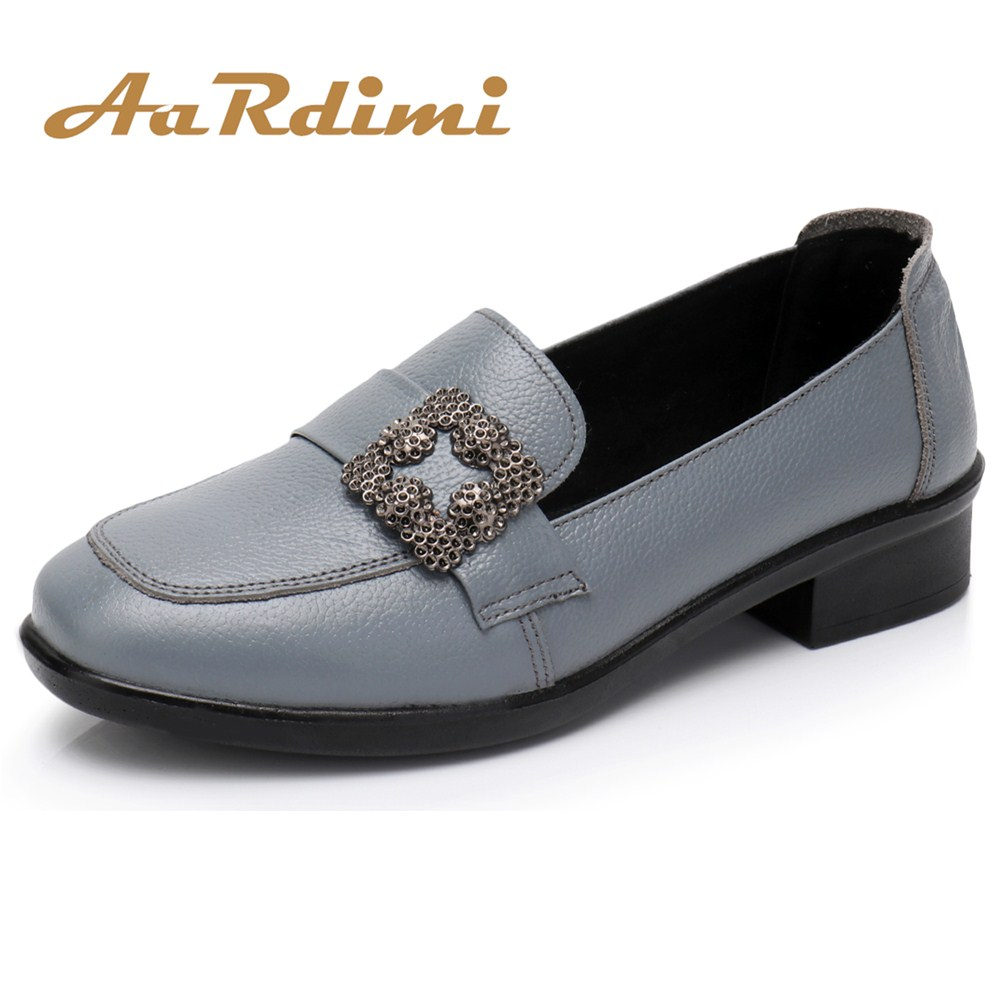 2018 New Fashion Ladies Shoes Genuine Leather shoes women Spring and Autumn Women Flats Leisure Comfortable Soft Loafers Shoes autumn and winter new ladies genuine
