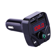 Auto Fm-zender handsfree Bluetooth Carkit FM Modulator Fm-zender 5V 3.1A Dual USB Car Charger MP3 Speler TF Card Lezen