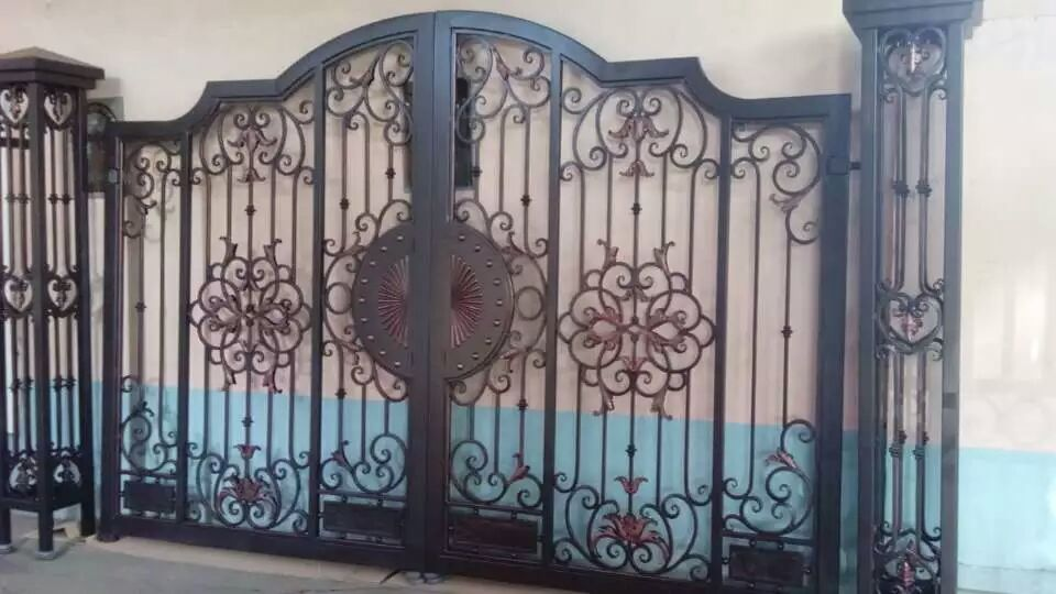 Hench 100% Handmade Forged Custom Designs Electric Security Gate