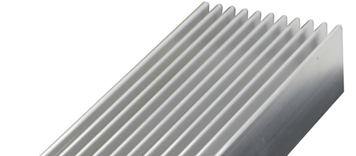 Dissipateur de chaleur en aluminium pur 450*40*20 MM radiateur en aluminium aileron mos tube bloc de chaleur en alliage d'aluminium radiateur de refroidissement