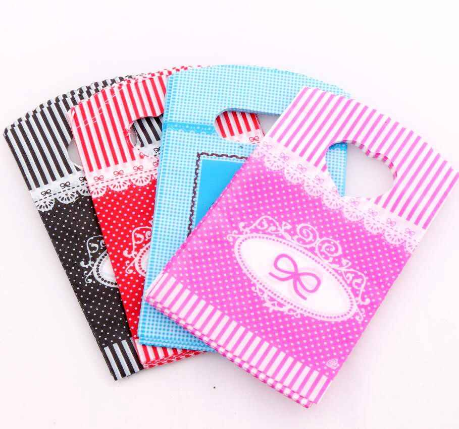 100pcs     Hot 4Colors Bow Dots Strips Plastic Bags Gift Bag 9X15cm Jewelry Pouches GB070