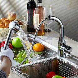 יחיד מים קרים זהב עתיק פליז. ברז מטבח