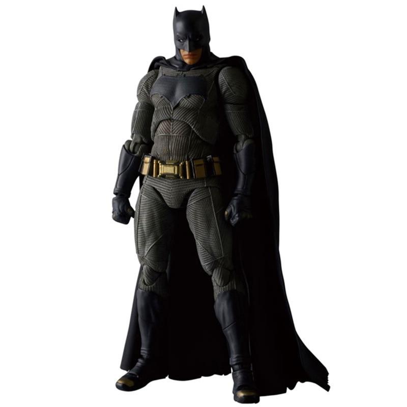 16 CM New Batman v Superman: Justice League MAFEX 017 Batman Figure Model PVC Action Figure Collectible Model Toy L1071 16 cm new batman v superman justice league mafex 017 batman figure model pvc action figure collectible model toy l1071