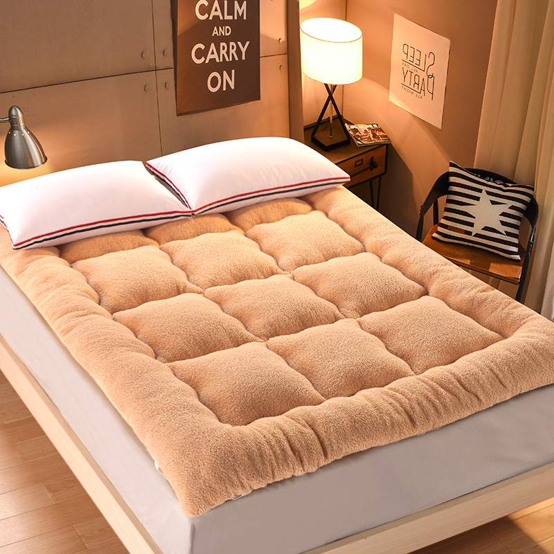 10 cm thick, warm soft and comfortt mattress, bedding,single double Hotel mattress thickening and comfort feather velvet mattress bedding single double hotel mattress