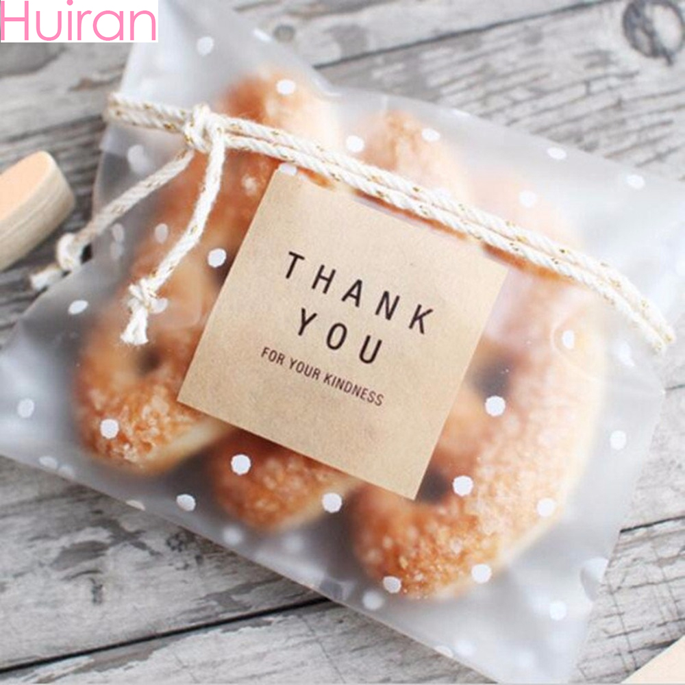 Huiran 100pcs Transparent Polka Dot Plastic Bag Candy Bar Cookie Gift Bag Wedding Birthday Party OPP Candy Packaging Bag Pouch