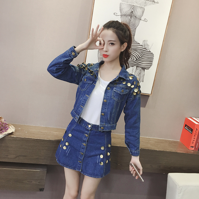 Lovely denim look blue pant suit with top stitching detail by ALEX MARIE in Size Jacket has brass look buttons, pockets, lightly padded shoulders, nice shape seaming front and back.