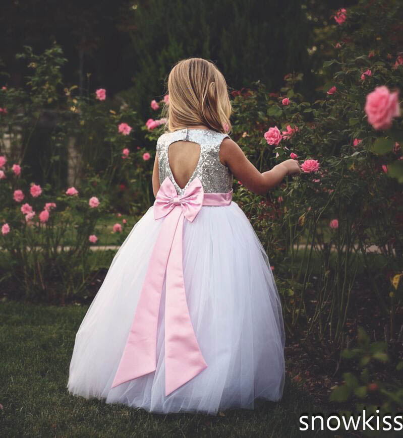 Cute white/ivory girl first communion dress tulle ball gown with bow open back keyhole sparkly sequined sweet baby dresses pleated panel keyhole back dress