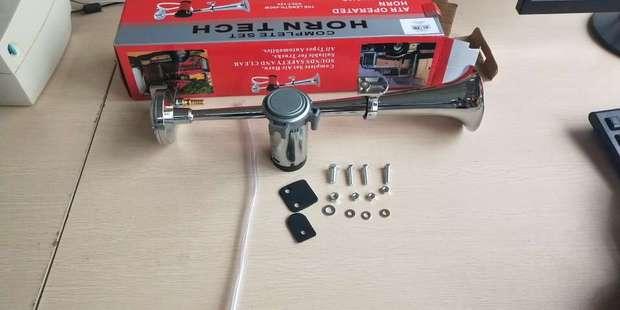 Универсальный 17 дюймов 150 дБ громкий обтекатель воздуха для автомобиля 12 в 180 Герц однотрубный компрессор Bocina для грузовых автомобилей