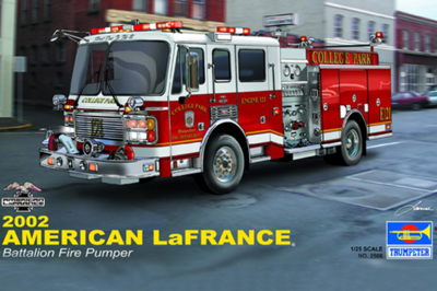 Trumpeter Military Assembling Model 02506 1/25 Type Fire Truck 2002 trumpeter assembled model 1 25 u s truck model 2002 model 02506 military simulation fire engine model toys 36 66cm