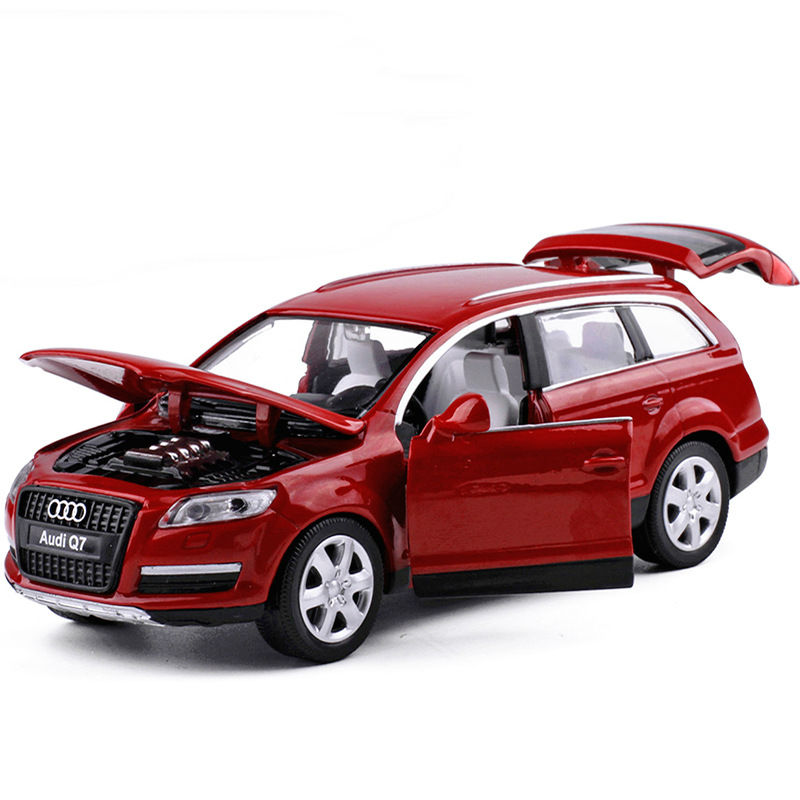 simulation 1:32 scale dicast car wheel Hatchback audi q7 model pull back metal toys with light and sound collection for gift image