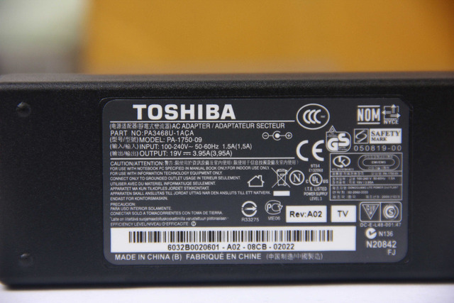 100% Genuine original New Laptop Power Adapter For Toshiba 19v 3.95a 75w 5.5*2.5mm PA3468U-1ACA PA-1750-09 Charger