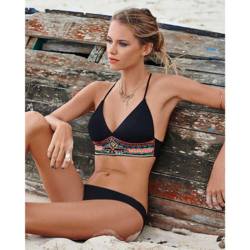 Nuevo conjunto de bikinis push up 2018 traje de baño de dos piezas - Ropa deportiva y accesorios