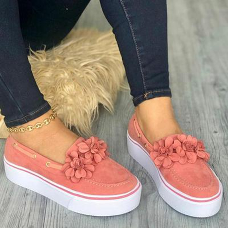 Laamei 2019 Women Flats Shoes Platform Sneakers Slip On Flats Leather Suede Ladies Loafers Casual Floral Shoes Women Zapatos