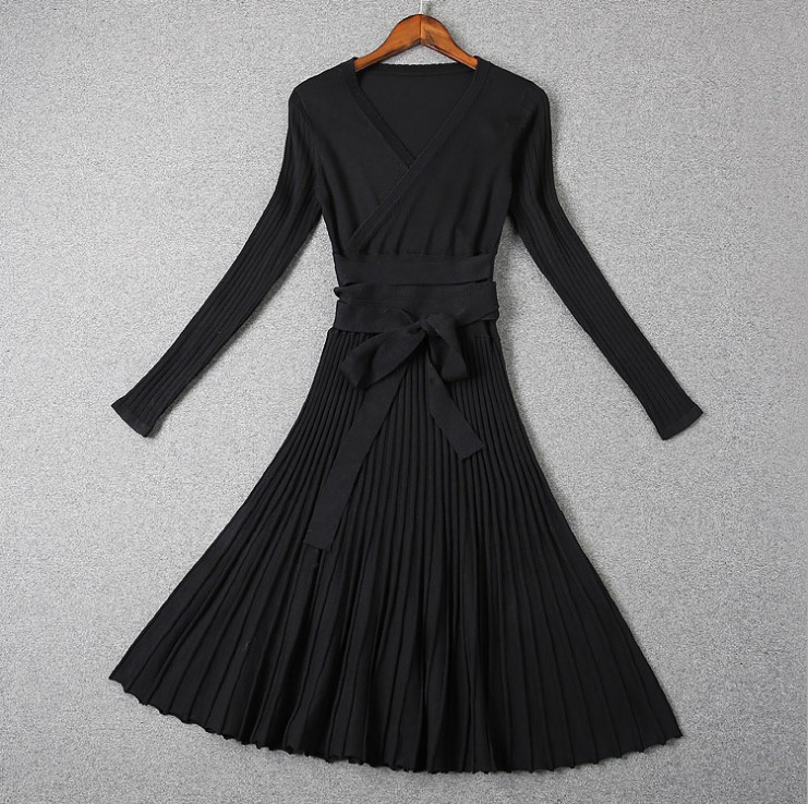 Long Sleeve V-neck Brief Solidy Knitting Knee-length Casual Dress 3