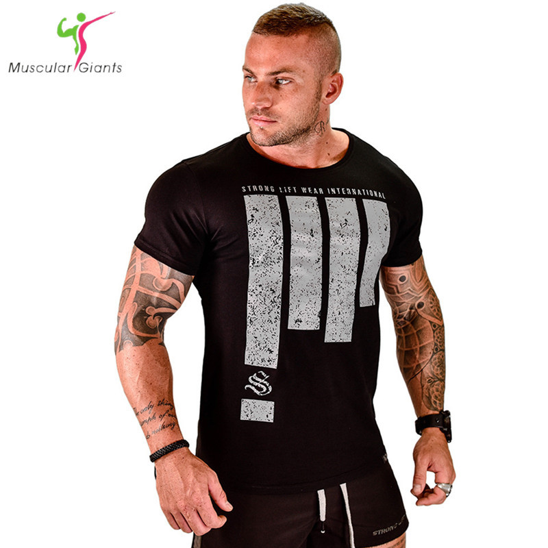 Fashion brand men sporting short sleeve fitness t shirt for Dress shirts for bodybuilders