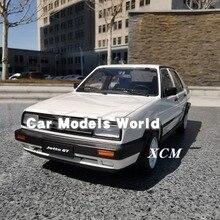 Diecast רכב דגם לג טה ישנה (לבן) + מתנה קטנה!!!!!