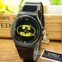 New  Cartoon Batman Quartz Watch Boys Girls Children Non-toxic Analog Sports Waterproof Wristwatch Gift Watch Free Shipping