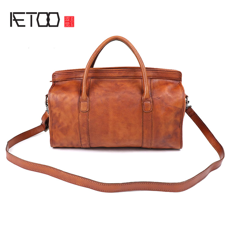 AETOO Pure hand rubbing the first layer of cowhide female wrapped tanned leather shoulder bag Messenger bag retro old leather ba