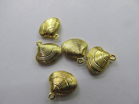 Bateau gratuit-100 pièces Coquillage Charmes d'espacement D'alliage découverte d'or, nickel de plomb, amour sculpté boucles d'oreilles