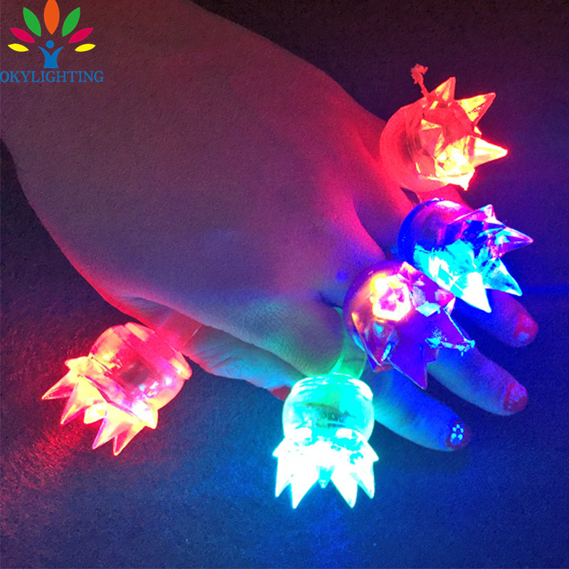 Free Shipping 10pcs Soft Flicker Rings Fashion Silicone Led Finger Ring Night Lighting Party Decor Kids Led Crown Ring Gift