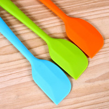 Random Color Kitchen Silicone Cream Butter Cake Spatula Mixing Batter Scraper Brush Butter Mixer Cake Brushes Baking Tool