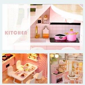 Image 5 - DIY Puppe Haus Holz puppe Häuser Miniatur puppenhaus Möbel Kit Spielzeug Casa für kinder Weihnachten Geschenk L026