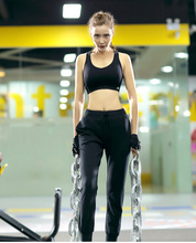 The new yoga clothing female outfit Seamless sports bra Fitness running riding two-piece loose nine minutes of pants
