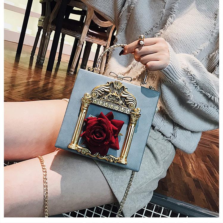 2018 NEW Rose 3D Palace Sculpture Frame Bag Luxury Handbags Women Party Bags Designer Lady Cute Shoulder Messenger Bag Sac Tote 34