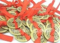 Hurtownie 50 SZTUK Trzy Czerwona Wstążka Monet + 10 Czerwony Kopertę